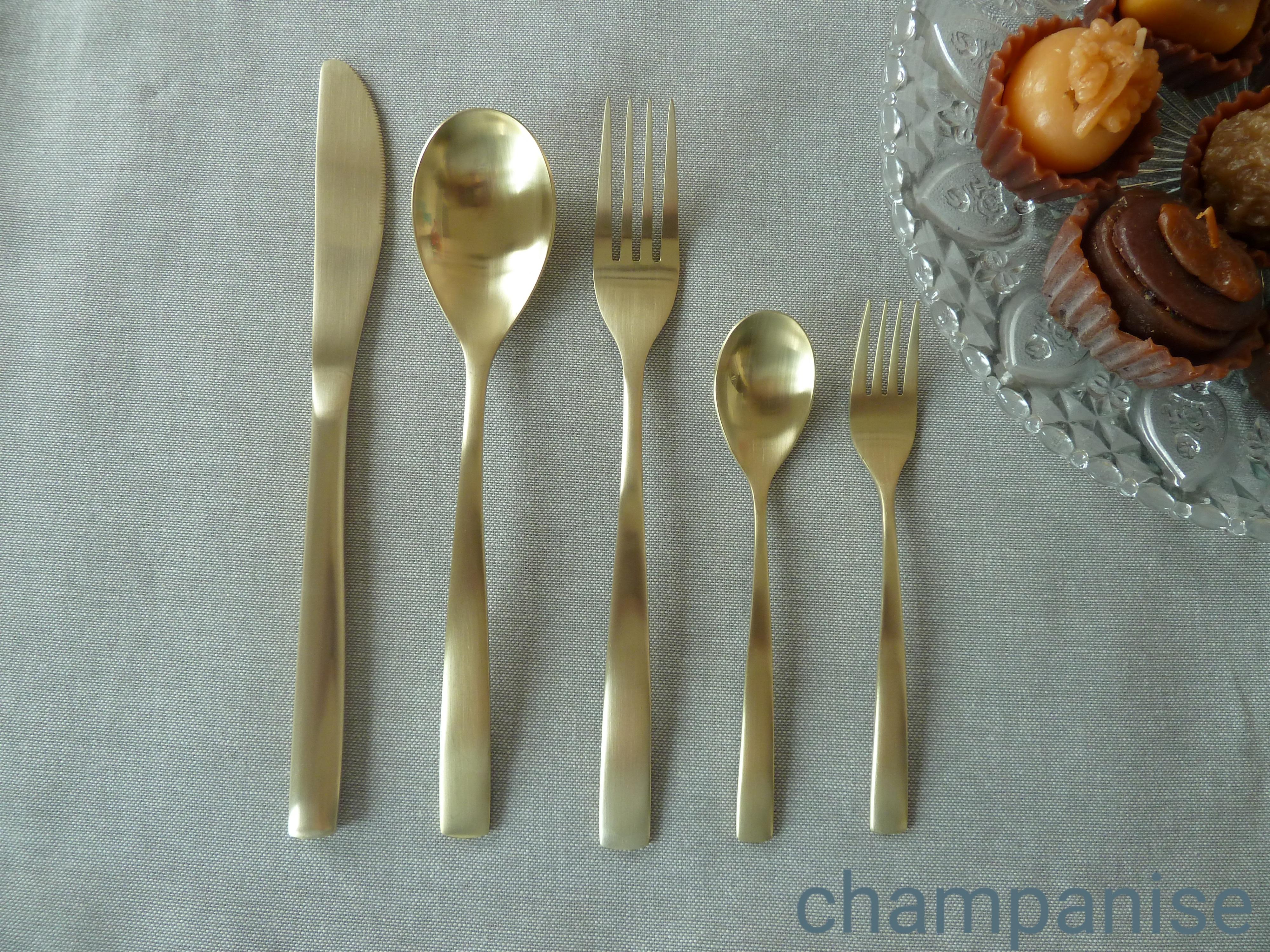 Σετ Μαχαιροπήρουνα 30τμχ Ανοξείδωτα Comas Barcelona Champanise – Comas – 6-barcelona-champanise-30