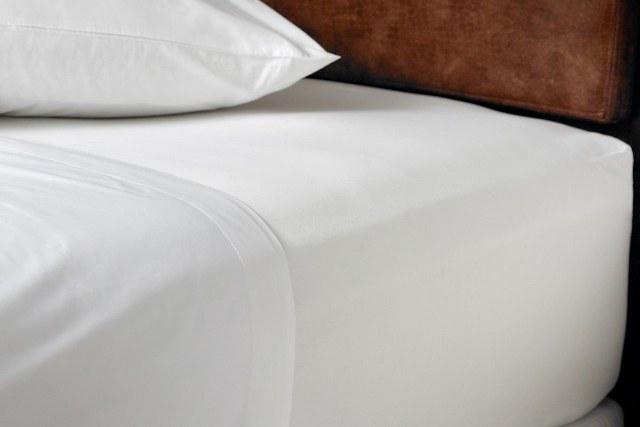 Σεντόνι 240×280εκ. 50% Βαμβάκι-50% Polyester 170TC Polycotton Classic Line (Ύφασμα: 50%Cotton-50%Polyester, Χρώμα: Λευκό) – OEM – 5201847007565